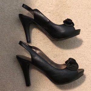 EUC Xhilaration Heels